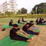 yoga-under-the-open-sky